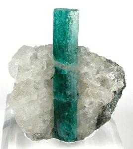 smeraldo-pietra-preziosa-proprieta-significato