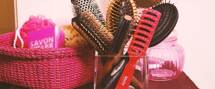 Come scegliere la spazzola giusta per i vostri capelli